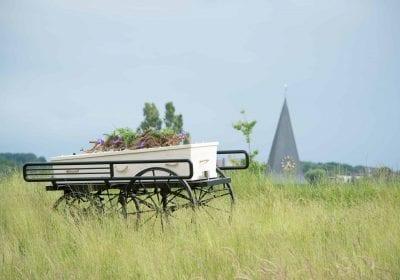 natuurbegraafplaats rouwkoets